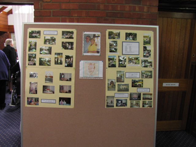 Photographic display of past events